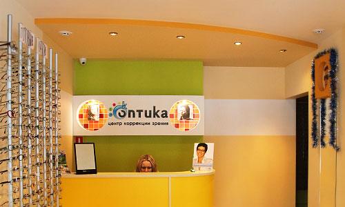 Дизайн интерьера и фасада магазина оптики и реализация проекта под ключ