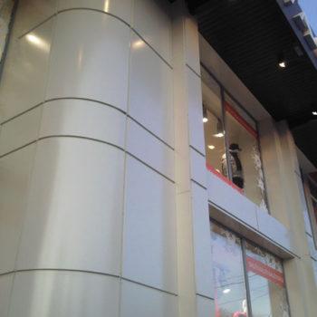 Вентилируемый фасад, скругленные вальцованные кассеты из композитного алюминия