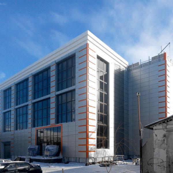 Вентилируемый фасад. Орел, ул. Октябрьская. Доработка проекта, производство и монтаж под ключ