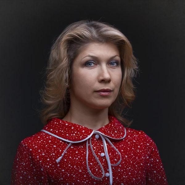 Женский портрет. Стилизация под послевоенные годы. Фото студия Дизайн-сервис