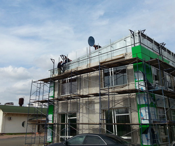 Монтаж вентилируемого фасада на заправочном комплексе BelOil в Орле