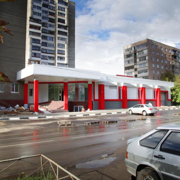 Вентилируемый фасад из композитного алюминия, торговый центр на Советской в Орле
